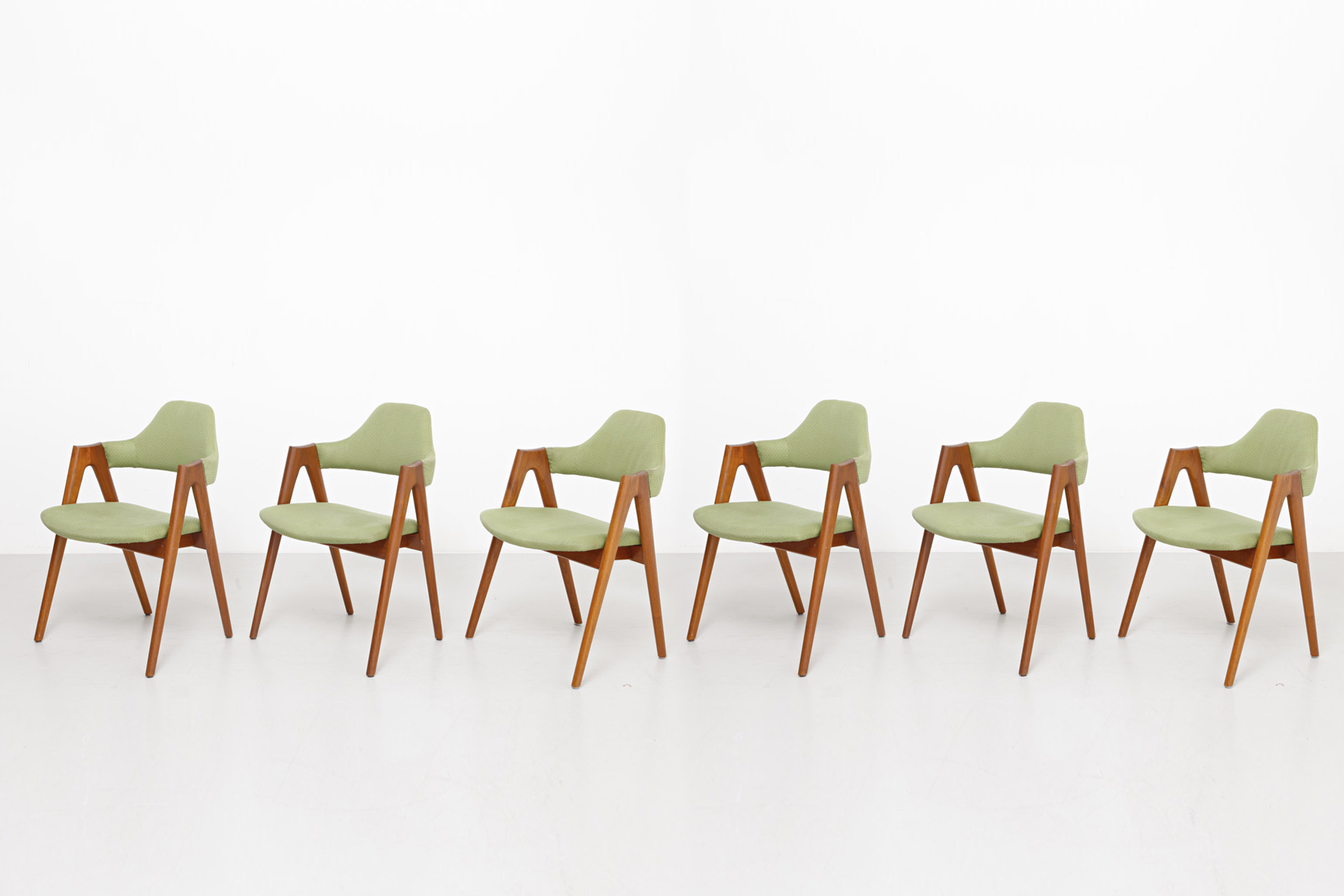 6 Compass Chairs Kai Kristiansen Archive Modest Furniture