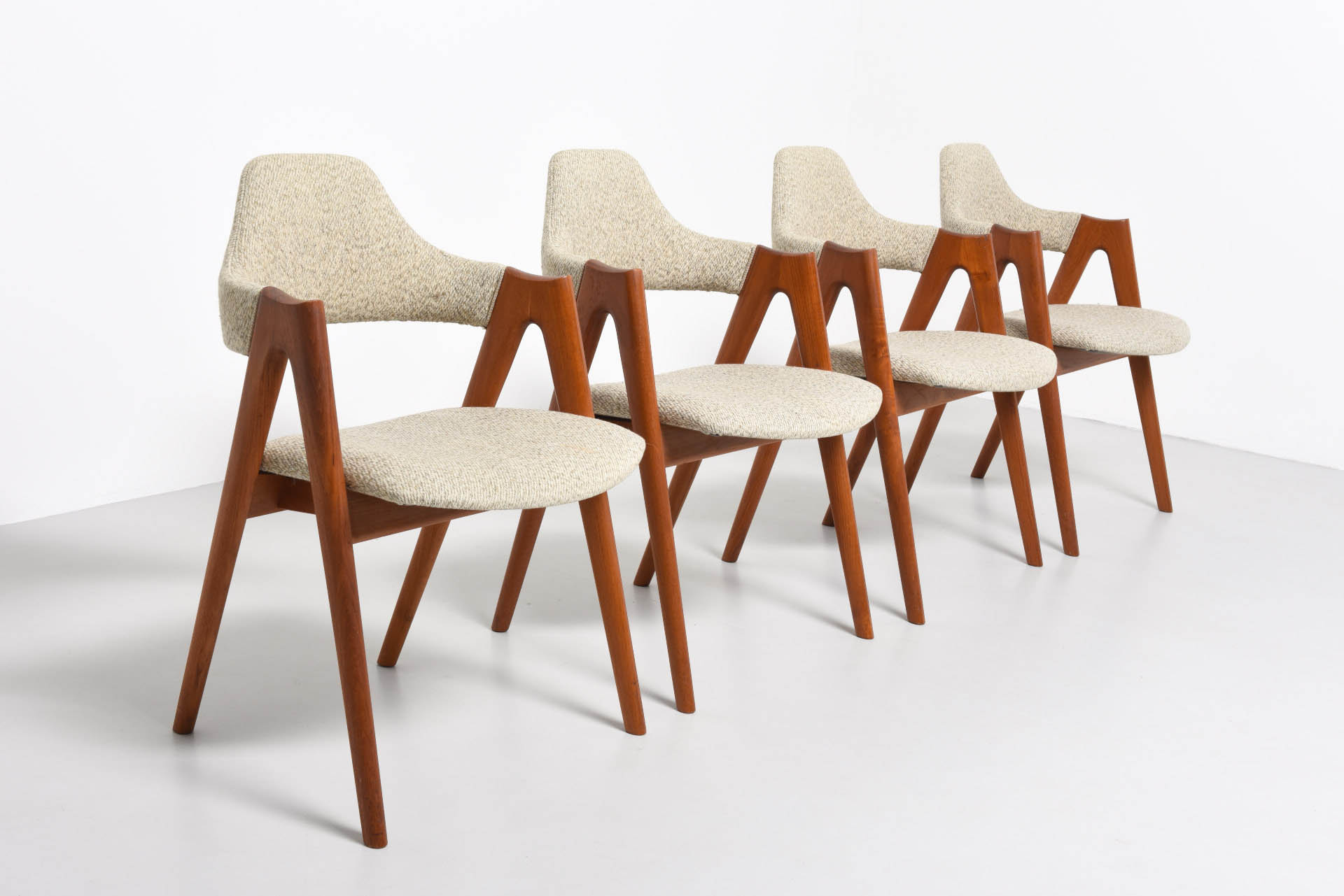 Set Of Compass Chairs Kai Kristiansen Archive Modest Furniture