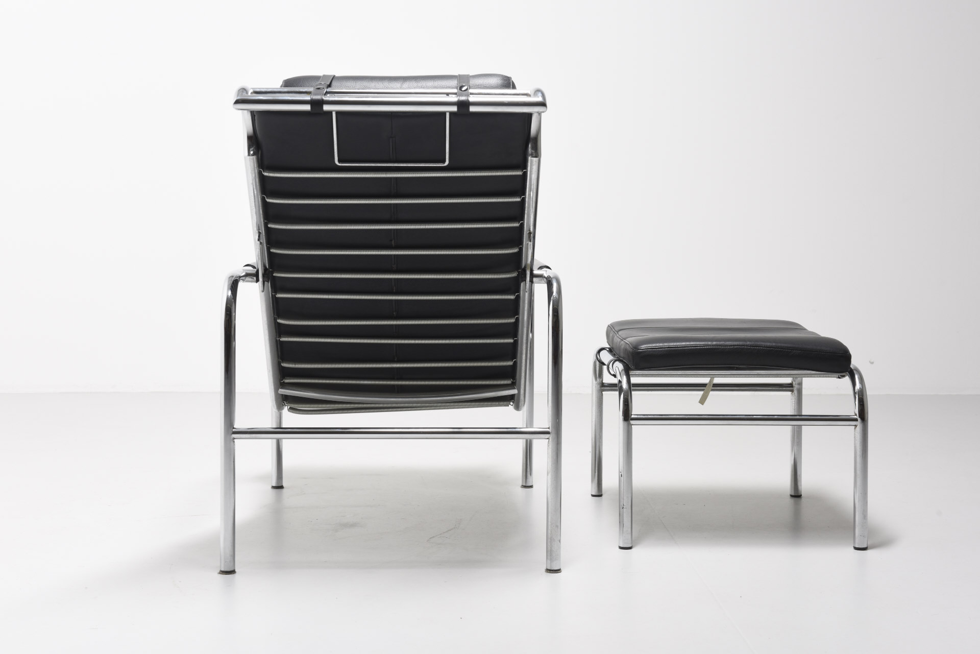 Genni Lounge Chair With Ottoman Gabriele Mucchi Archive