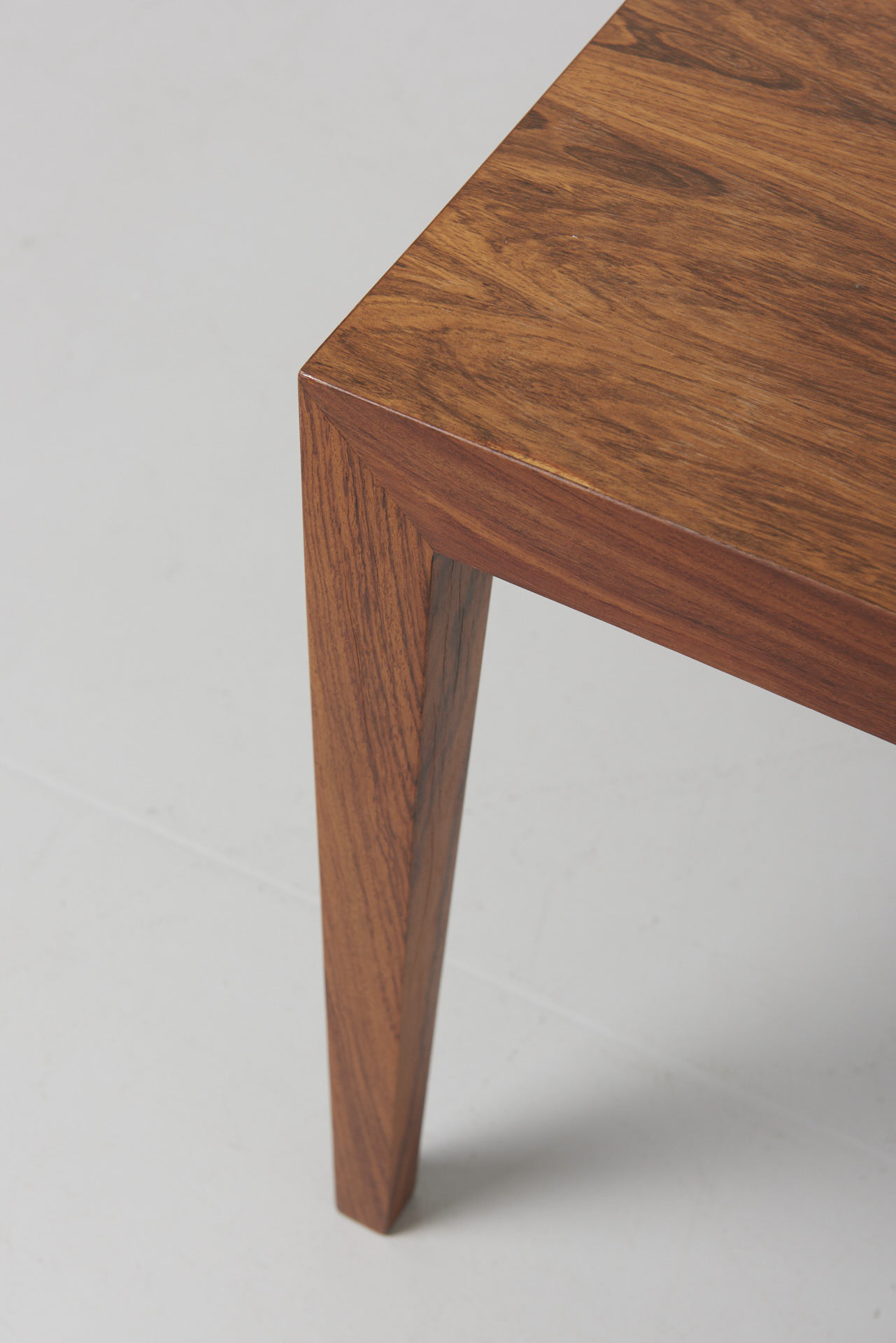 modest furniture vintage 1853 severin hansen side table rosewood 02