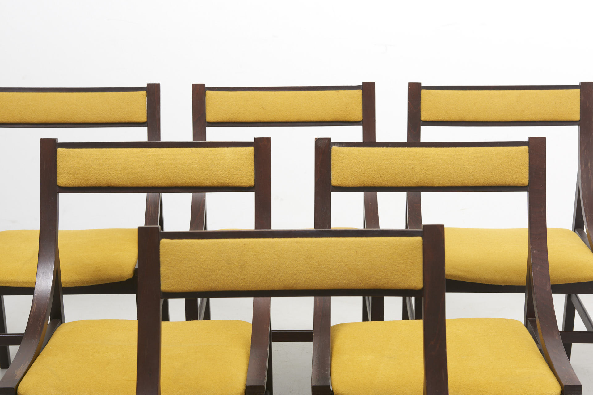 modestfurniture-vintage-2569-italian-dining-chairs02