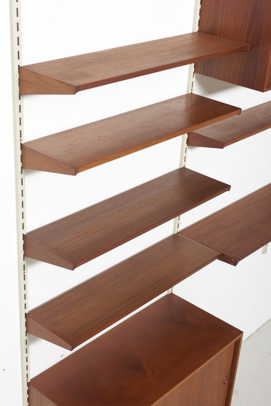 modestfurniture-vintage-1185-wall-unit-set4-kai-kristiansen-fm-teak05