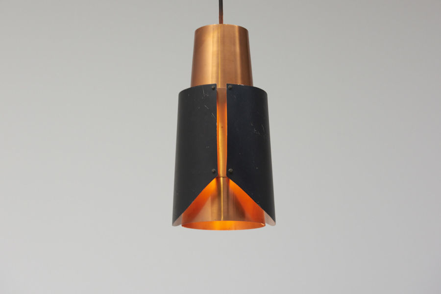 modest furniture vintage 1666 bent karlby black pendant red copper 02