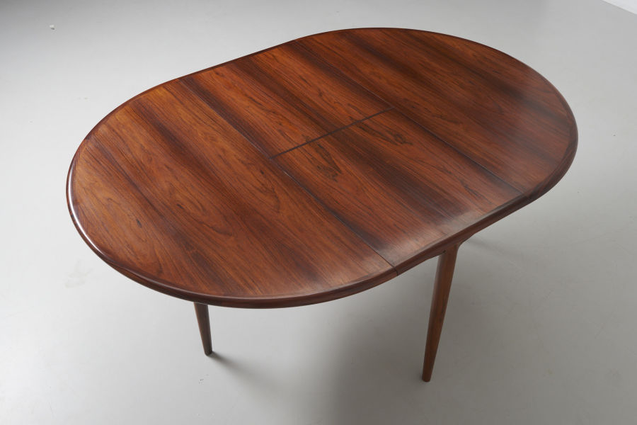 modest furniture vintage 1735 round rosewood dining table moller 10