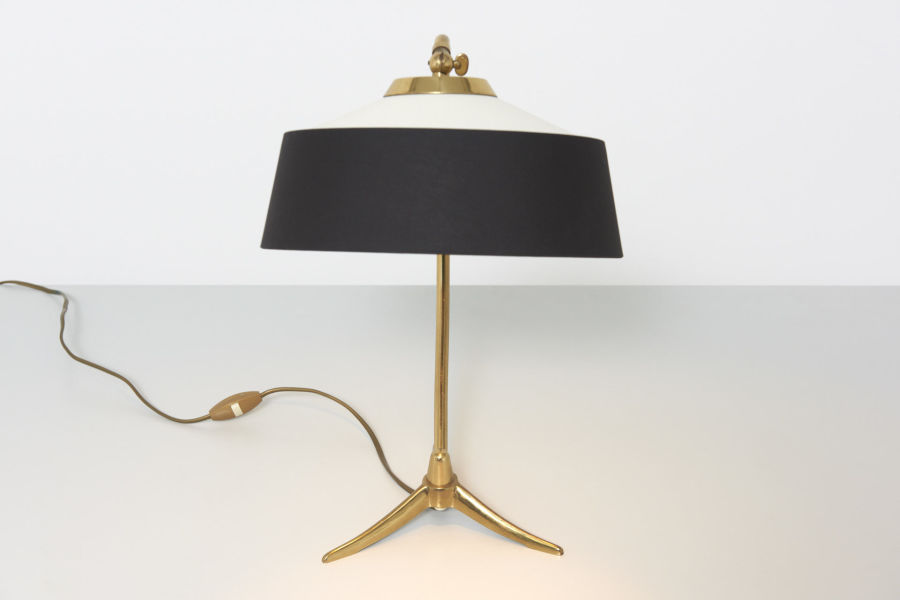 modest furniture vintage 1798 table lamp brass bw shade 04