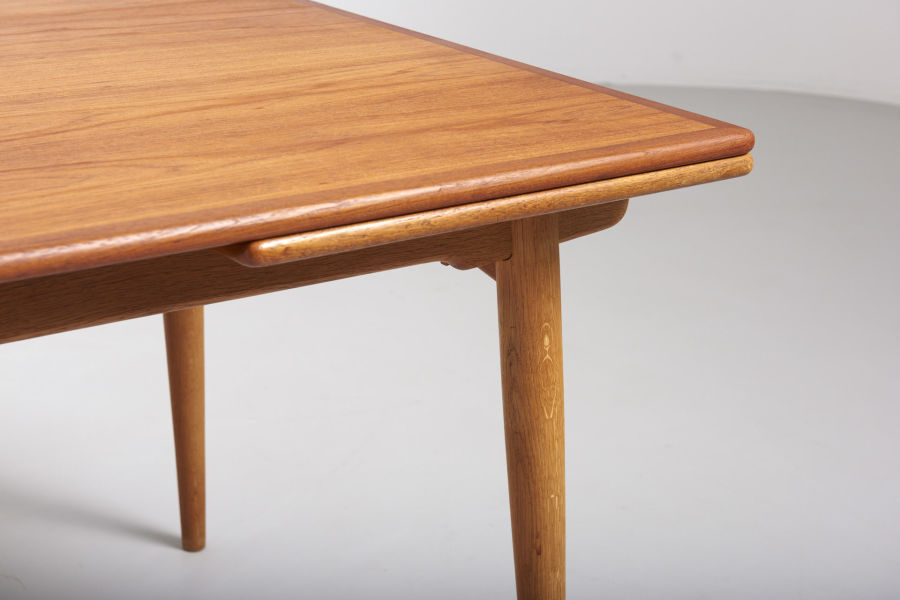 modestfurniture-vintage-1869-hans-wegner-dining-table-andreas-tuck-at-31203