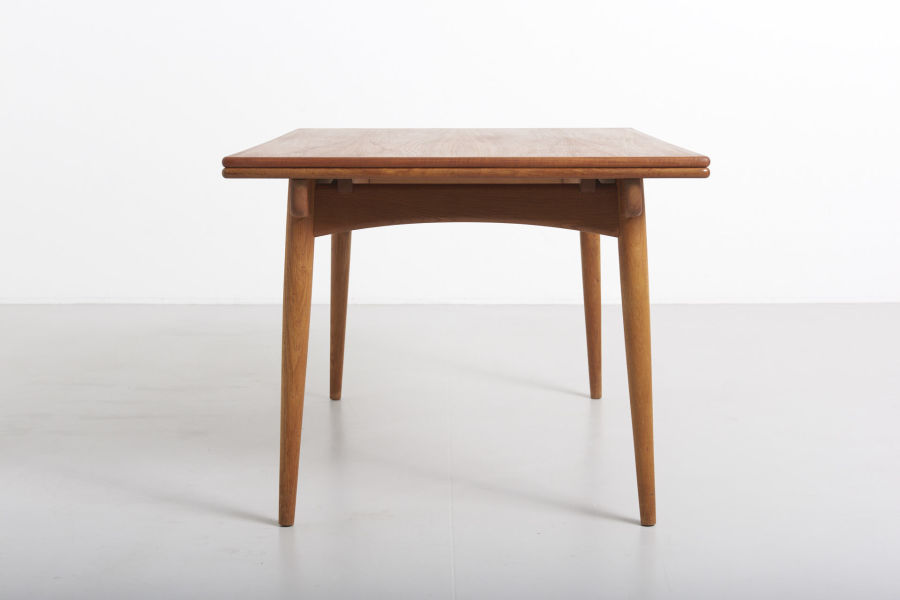 modestfurniture-vintage-1869-hans-wegner-dining-table-andreas-tuck-at-31206