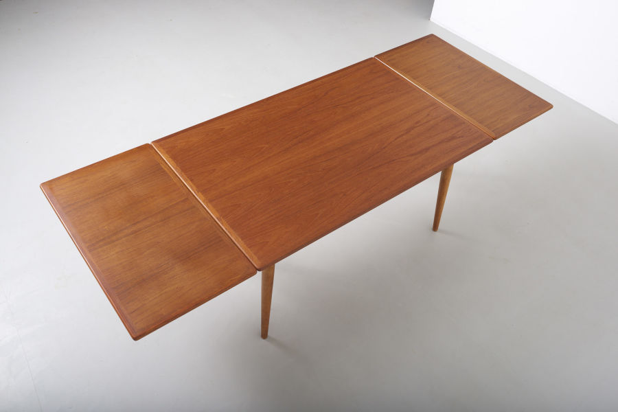 modestfurniture-vintage-1869-hans-wegner-dining-table-andreas-tuck-at-31210
