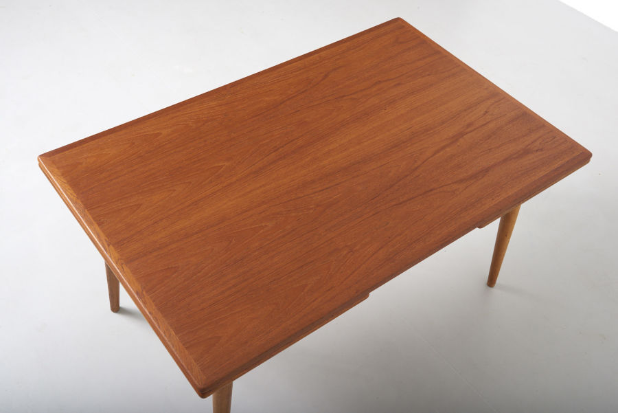 modestfurniture-vintage-1869-hans-wegner-dining-table-andreas-tuck-at-31213