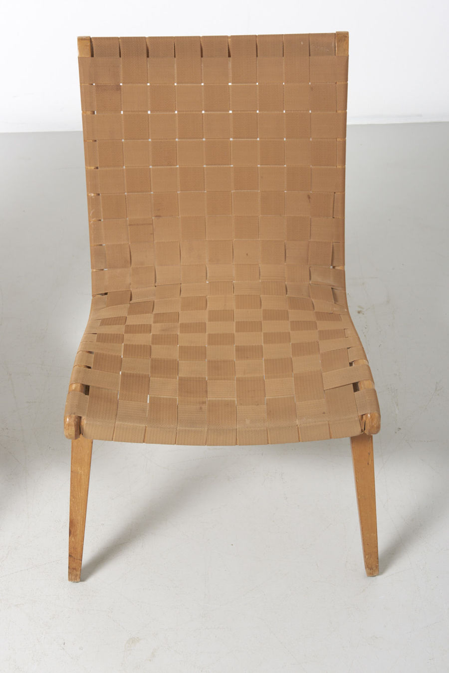 modestfurniture-vintage-1881-jens-risom-easy-chairs-knoll-beige02