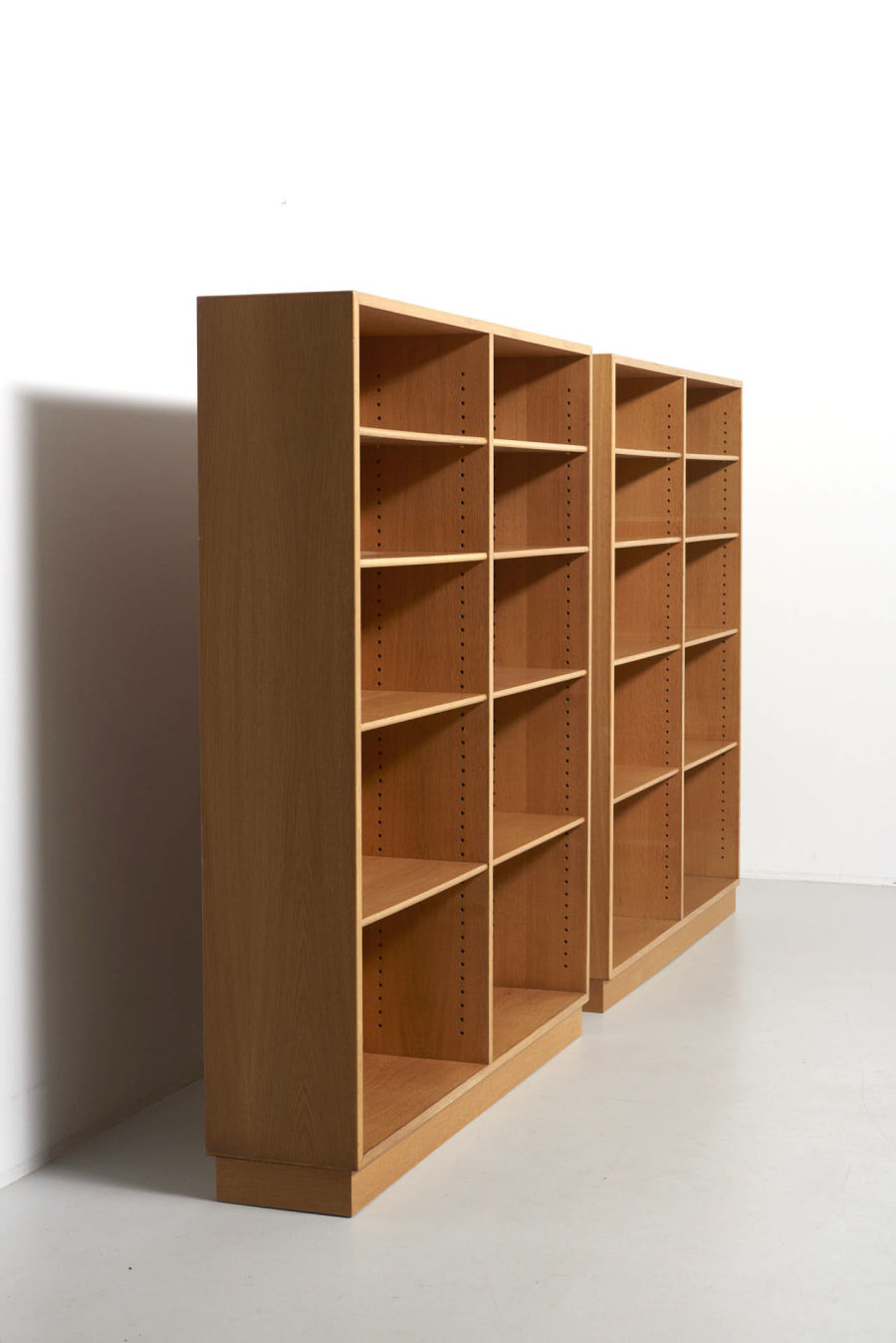 modestfurniture-vintage-1971-borge-mogensen-book-case-oak05