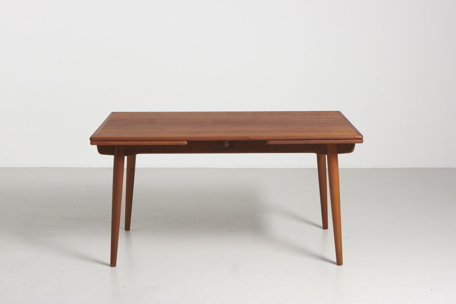 modestfurniture-vintage-1985-hans-wegner-teak-dining-table-andreas-tuck-at-31201