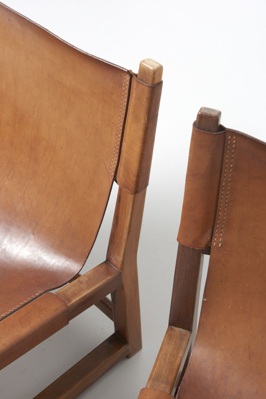 modestfurniture-vintage-2096-riaza-chair-saddle-leather-paco-munoz07