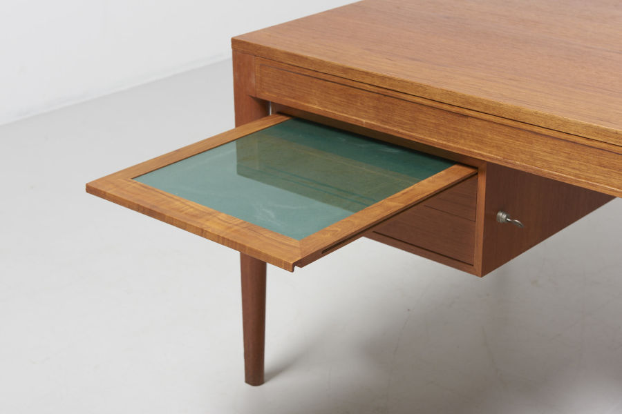modestfurniture-vintage-2181-finn-juhl-diplomat-writing-desk06