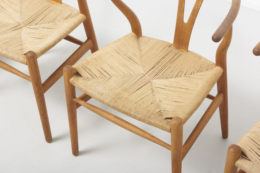 modestfurniture-vintage-2182-hans-wegner-wishbone-chairs-ch2404