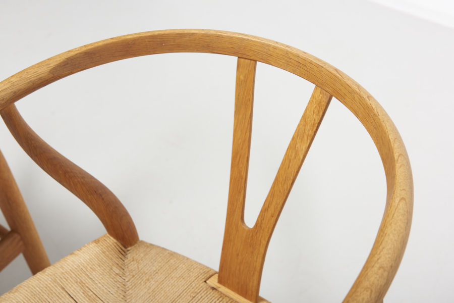 modestfurniture-vintage-2182-hans-wegner-wishbone-chairs-ch2410