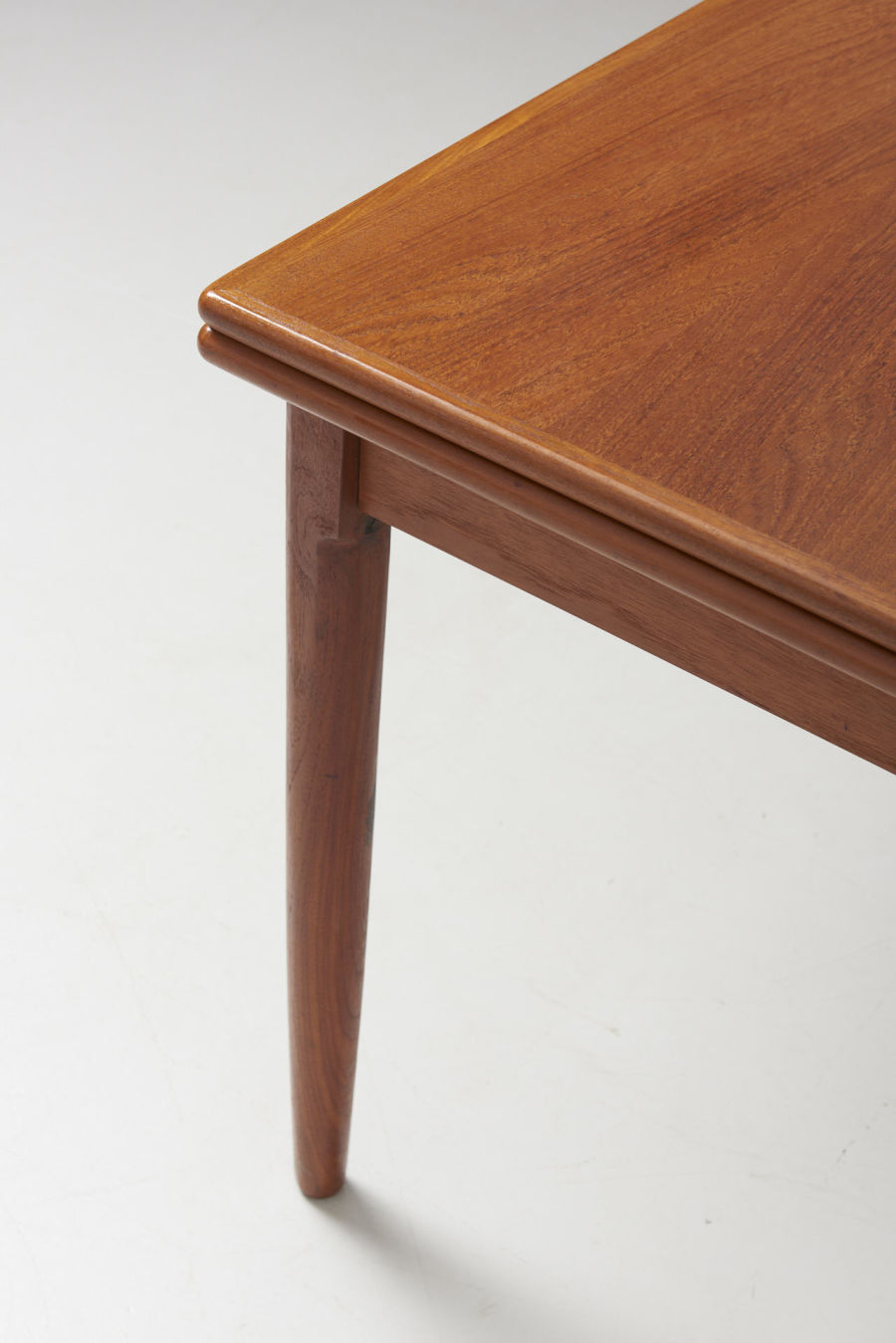 modestfurniture-vintage-2185-dining-table-teak-pull-out05