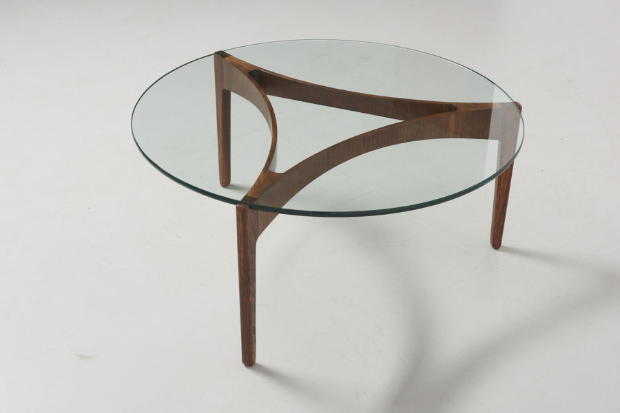 modestfurniture-vintage-2191-low-table-rosewood-sven-ellekaer-linneberg01