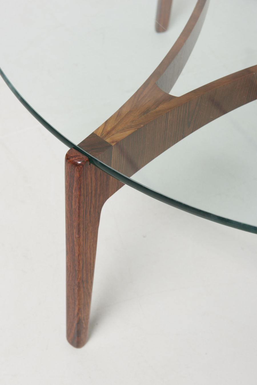 modestfurniture-vintage-2191-low-table-rosewood-sven-ellekaer-linneberg04