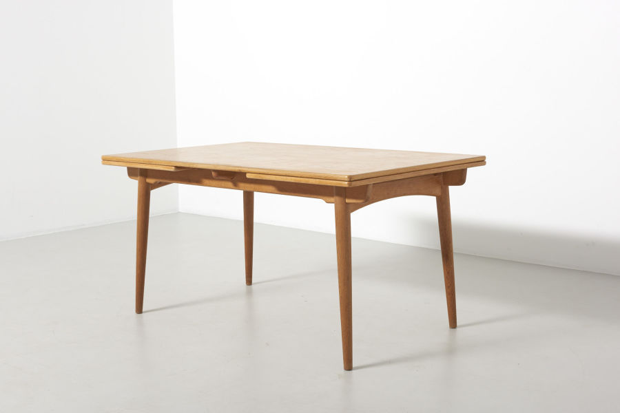 modestfurniture-vintage-2203-hans-wegner-dining-table-oak-andreas-tuck-at-31202