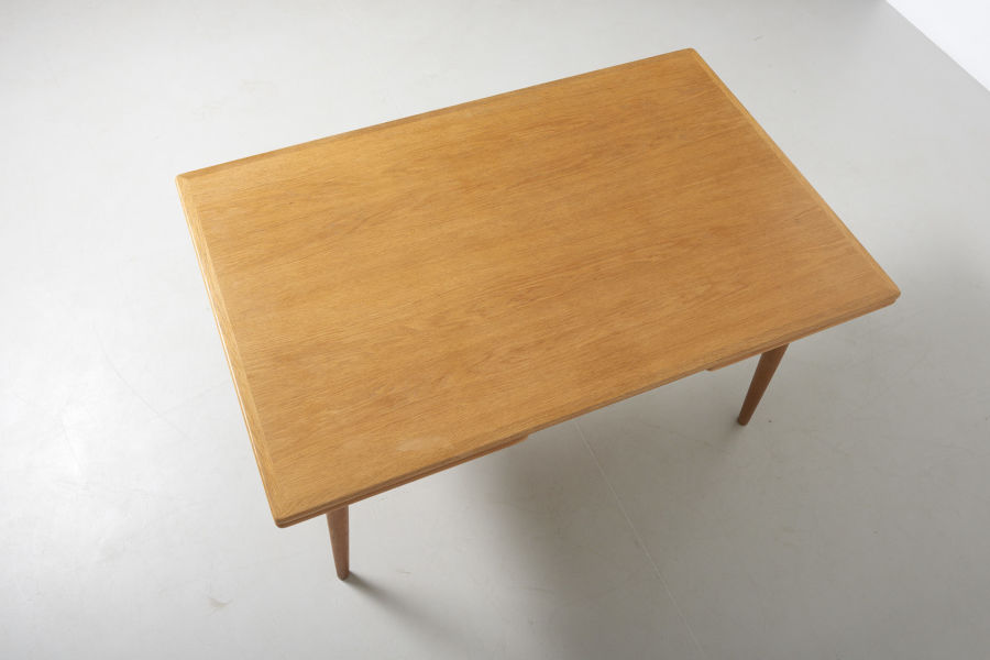modestfurniture-vintage-2203-hans-wegner-dining-table-oak-andreas-tuck-at-31206