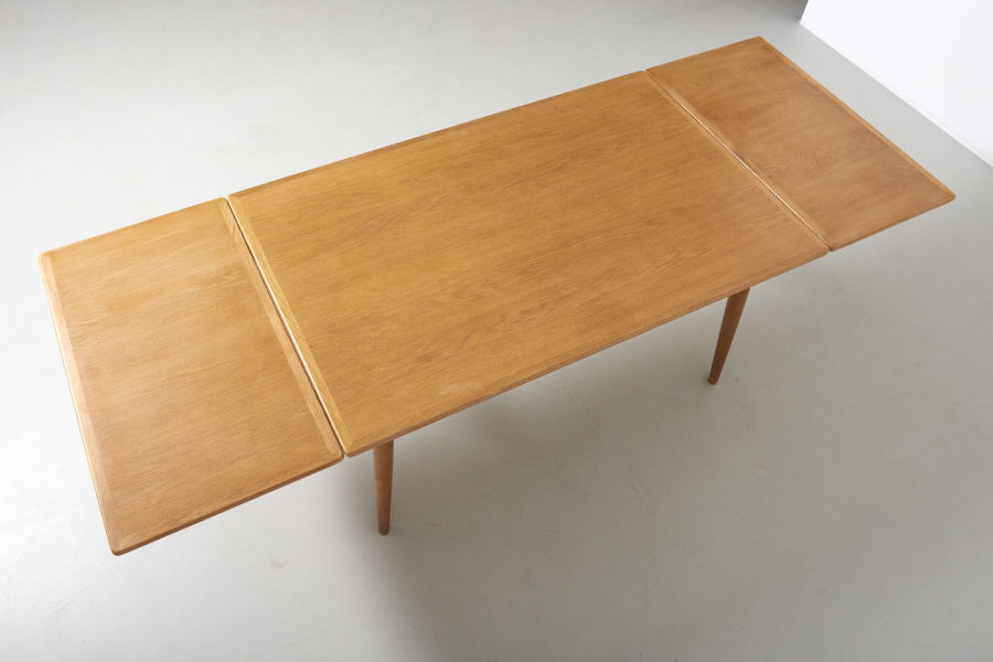 modestfurniture-vintage-2203-hans-wegner-dining-table-oak-andreas-tuck-at-31207