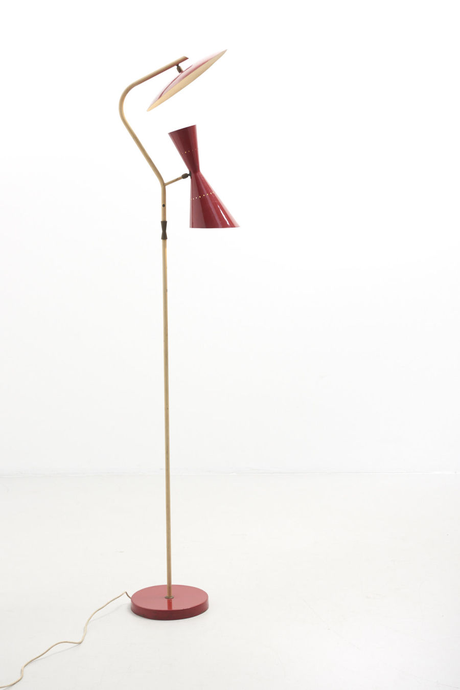 modestfurniture-vintage-2228-floor-lamp-red-indirect-up-down-red-shade-italy-195001