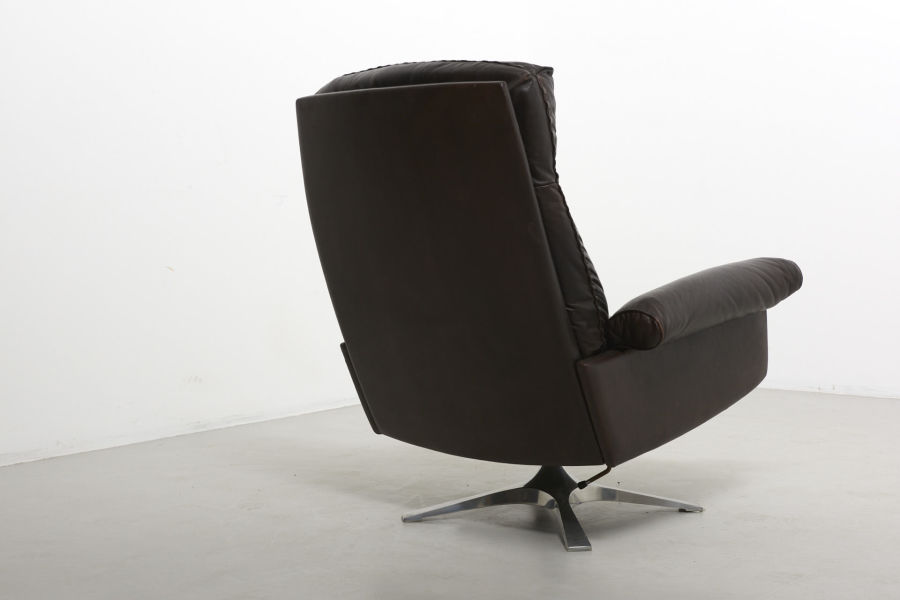 modestfurniture-vintage-2340-desede-ds31-high-back-swivel-lounge-chair06