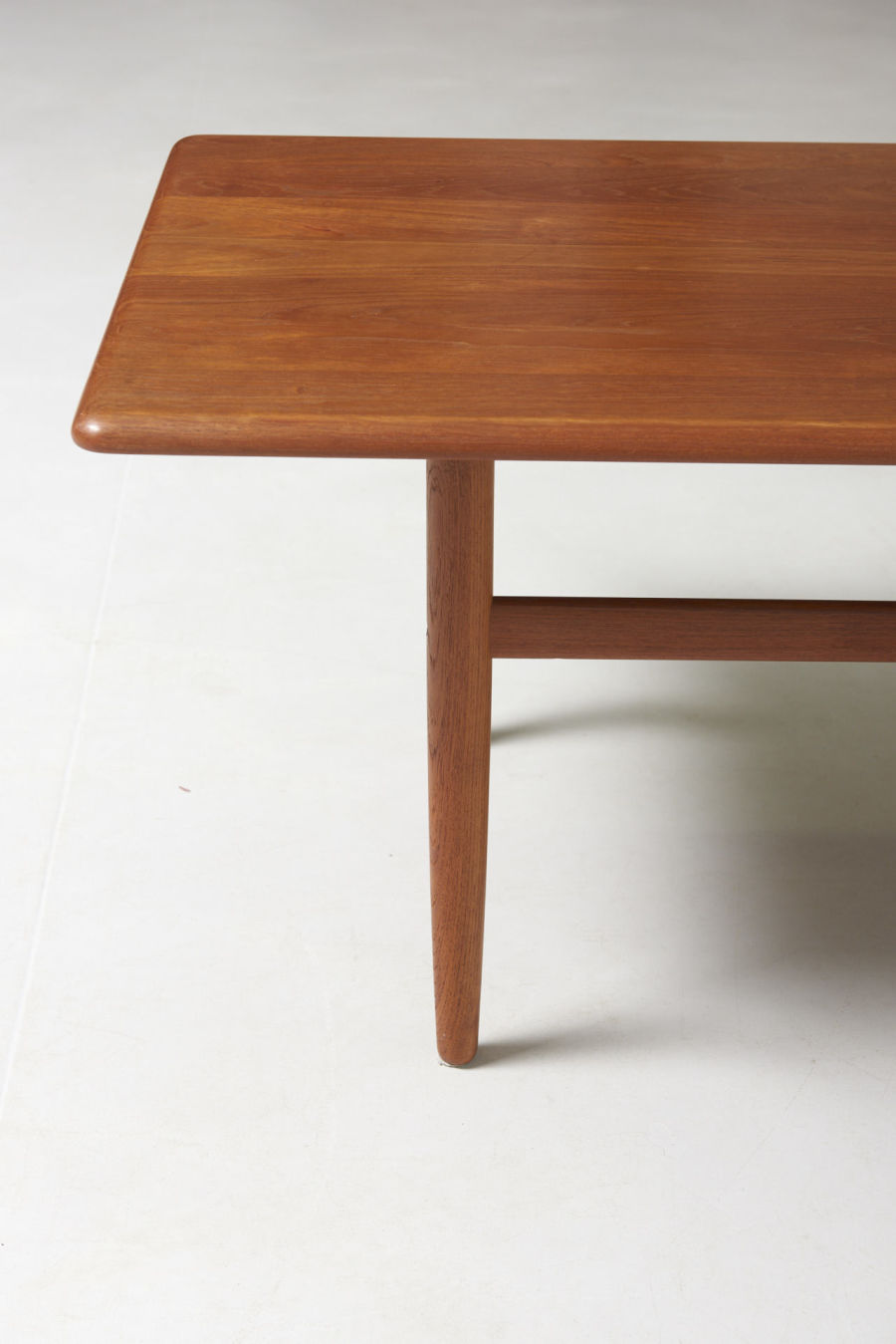 modestfurniture-vintage-2349-danish-low-table-teak06