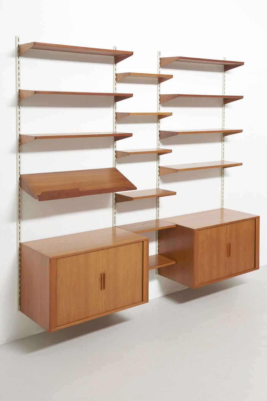 modestfurniture-vintage-2350-wall-unit-set3-kai-kristiansen-fm-teak07