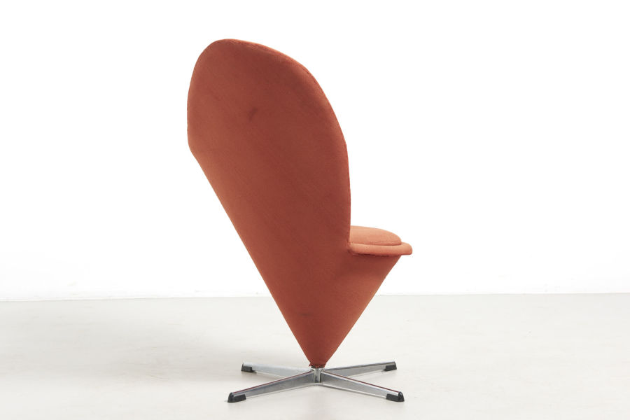 modestfurniture-vintage-2379-verner-panton-heart-cone-chair03