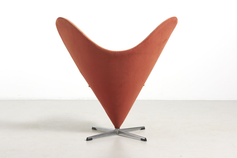 modestfurniture-vintage-2379-verner-panton-heart-cone-chair05