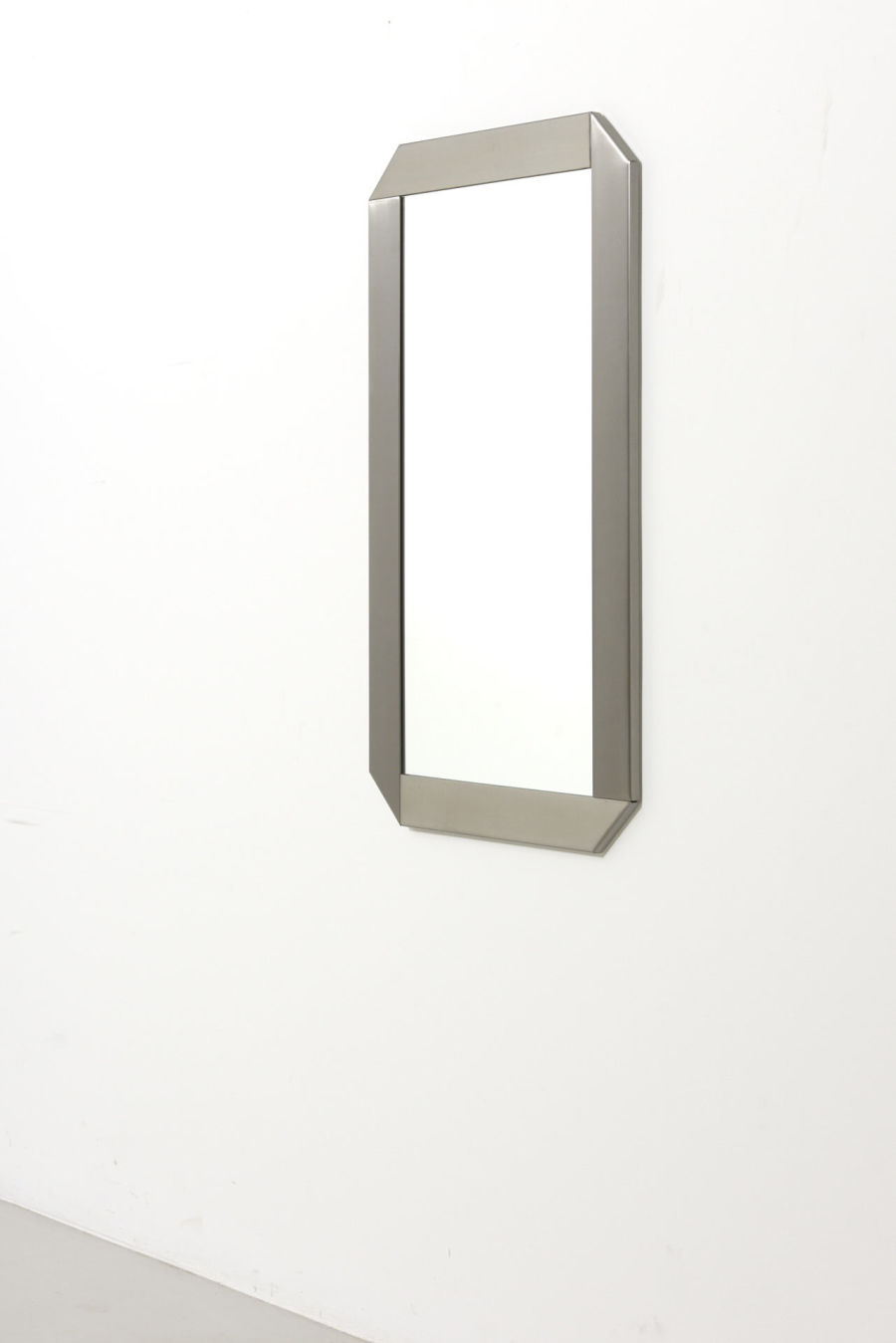 modestfurniture-vintage-2402-mirror-stainless-steel01