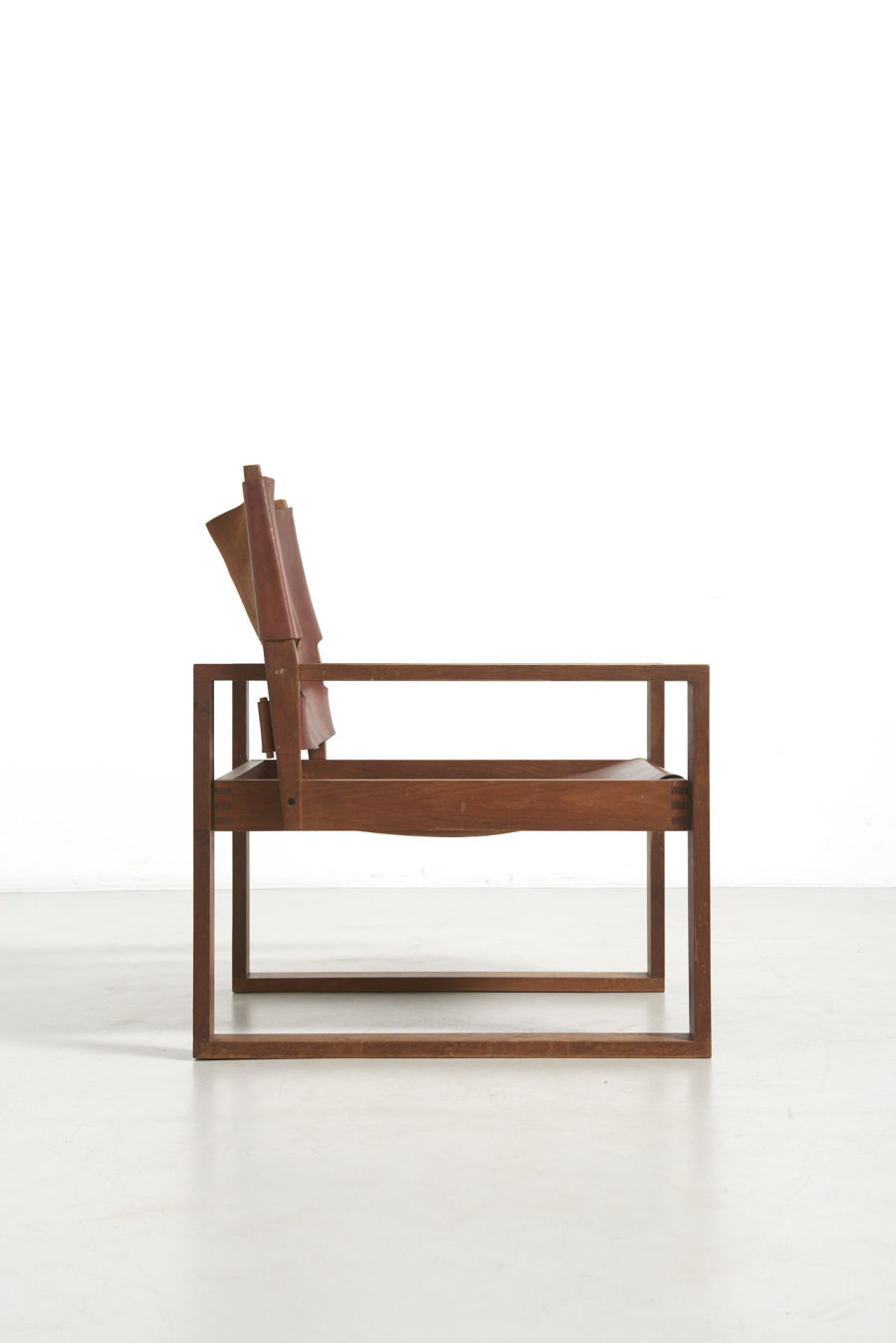 modestfurniture-vintage-2486-svend-fradsen-safari-chair-hugo-fradsen03