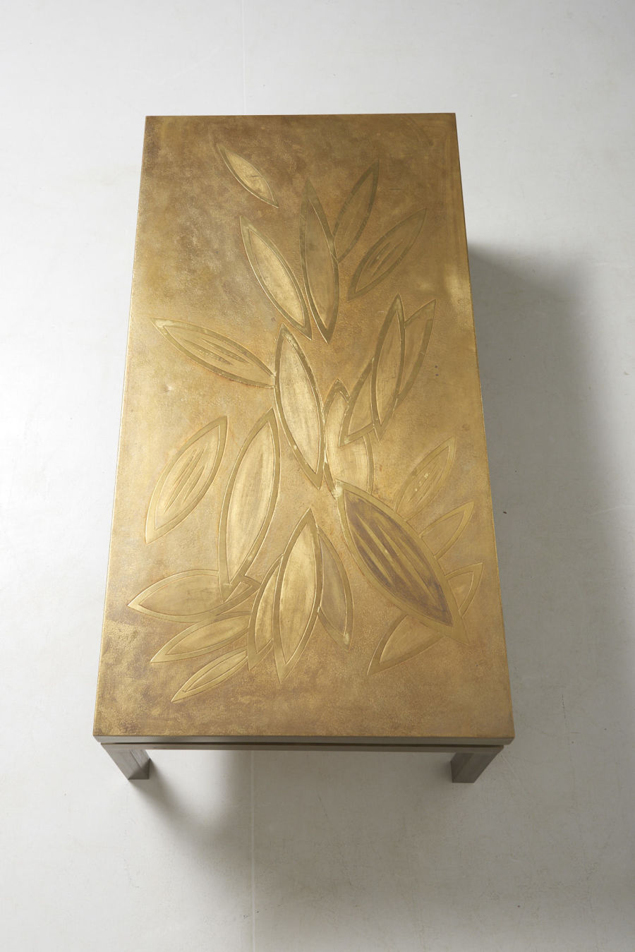 modestfurniture-vintage-2542-low-table-etched-brass04