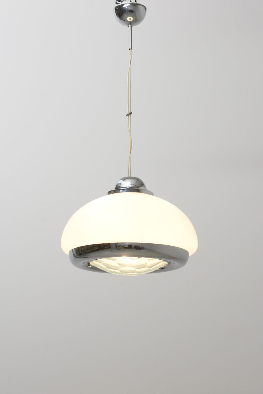 modestfurniture-vintage-2547-glass-pendant-max-ingrand-style01