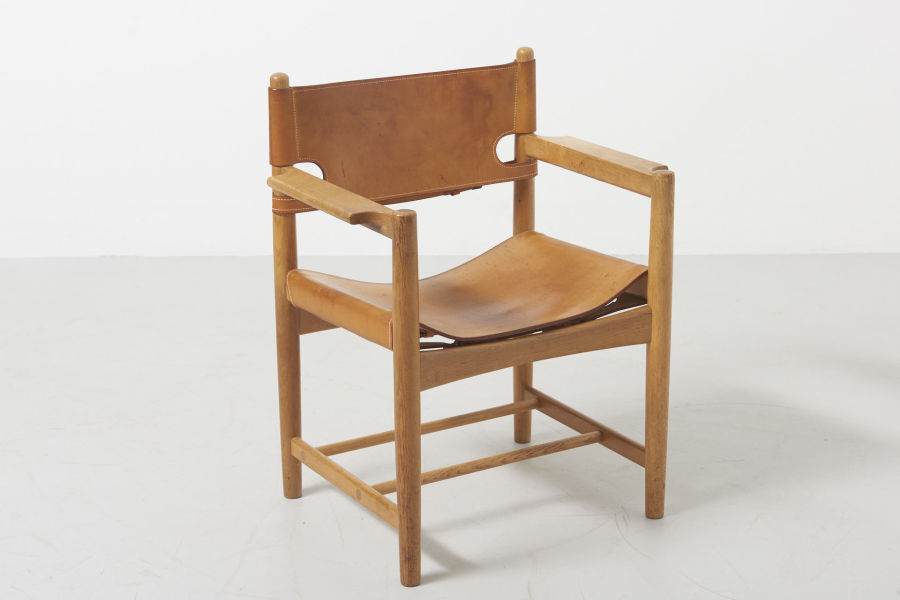modestfurniture-vintage-2669-borge-mogensen-spanish-dining-chairs-fredericia-model-3237-323819