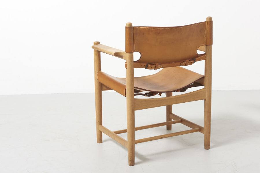 modestfurniture-vintage-2669-borge-mogensen-spanish-dining-chairs-fredericia-model-3237-323820