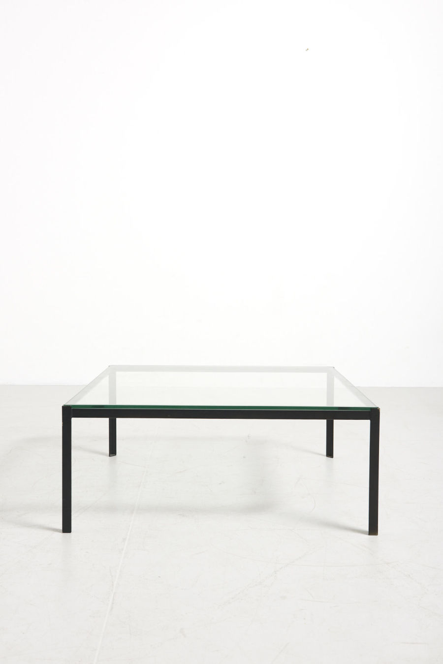modestfurniture-vintage-2753-low-table-artimeta02