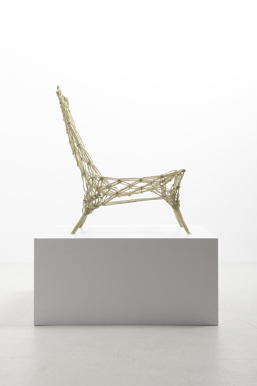 modestfurniture-vintage-2902-marcel-wanders-knotted-chair03