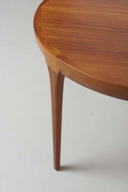 modestfurniture-vintage-1911-dining-table-ib-kofod-larsen04