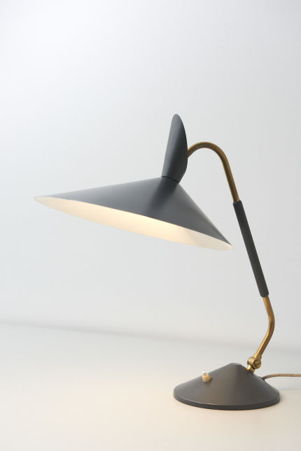 modestfurniture-vintage-2010-desk-lamp-grey-shade23
