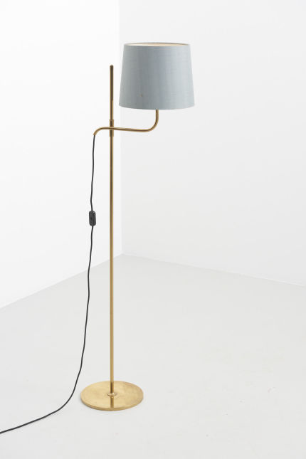 modestfurniture-vintage-2017-florian-schulz-floor-lamp-brass01