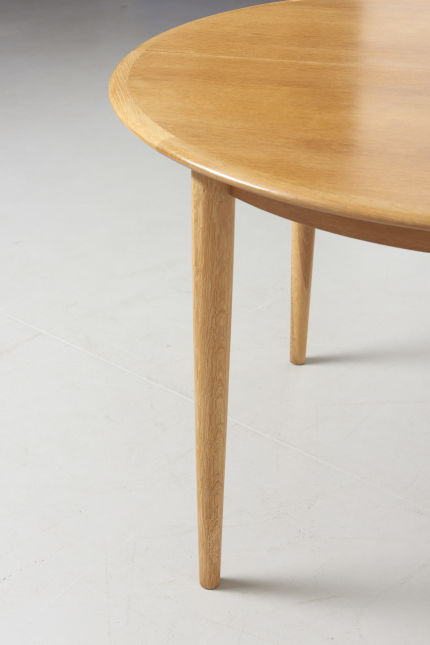 modestfurniture-vintage-2141-round-dining-table-oak04