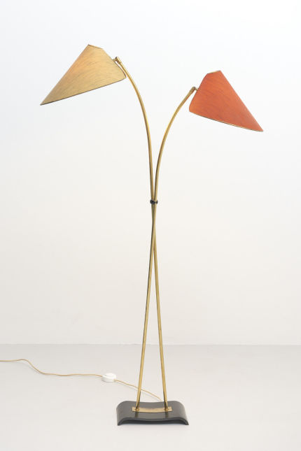 modestfurniture-vintage-2289-floor-lamp-1950s-brass-2-shades02