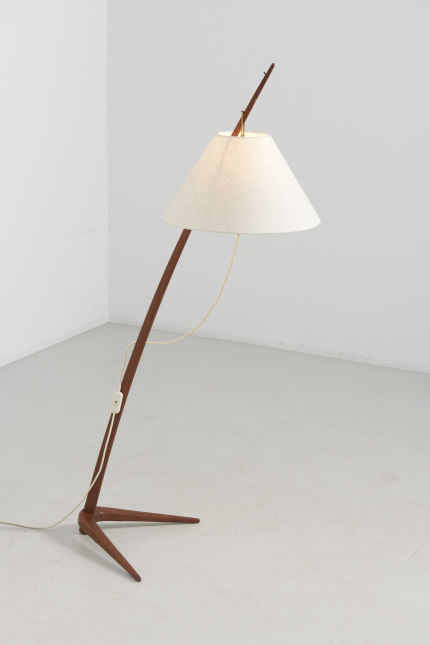 modestfurniture-vintage-2354-adjustable-floor-lamp-teak-dornstab-style01