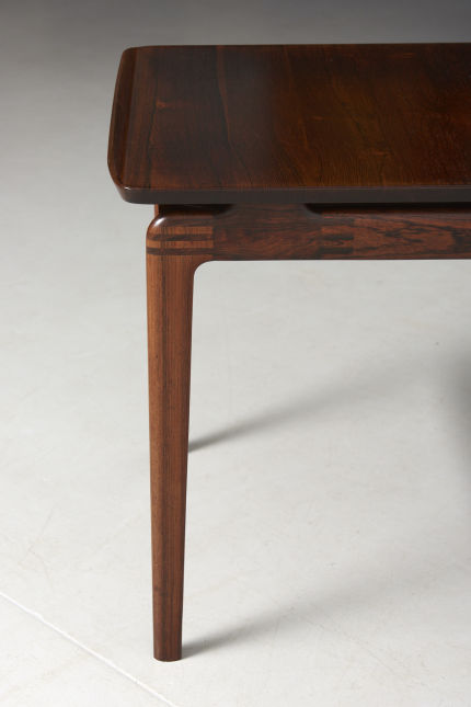 modestfurniture-vintage-2366-low-table-rosewood-hvidt-molgaard04