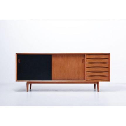 Sideboard in teak by Arne Vodder