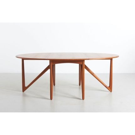 New item! A Gateleg dining table in teak. Design by Kurt Østervig for Jason Mobler, in Denmark • 1950s ✨ Have a nice day ☀️ and stay safe! #kurtoste
