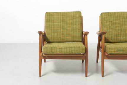 modestfurniture-vintage-1612-pair-easy-chairs-ash02